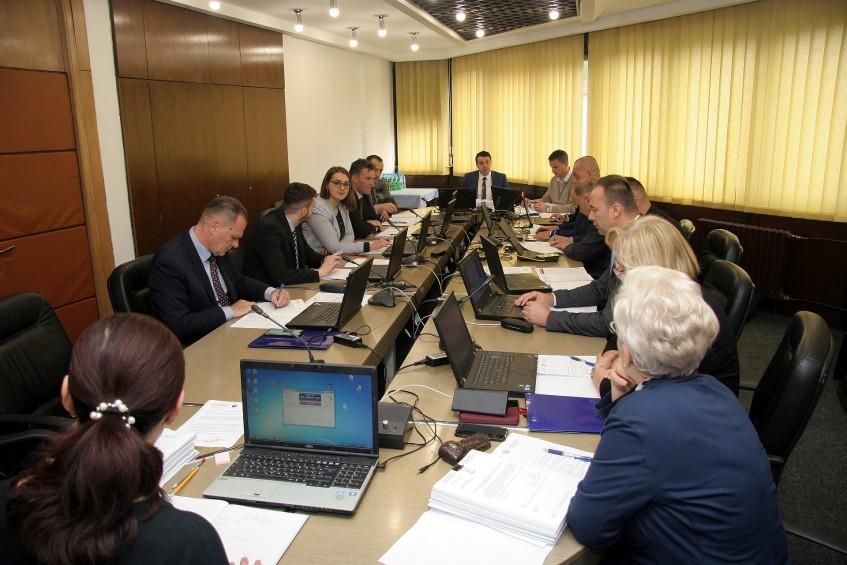 Vlada ZDK: U radni odnos bira se prvorangirani kandidat